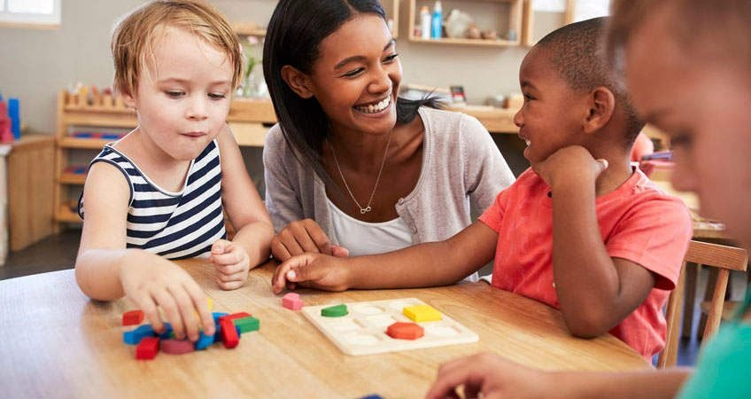 Ten Montessori teaching principles for natural learning